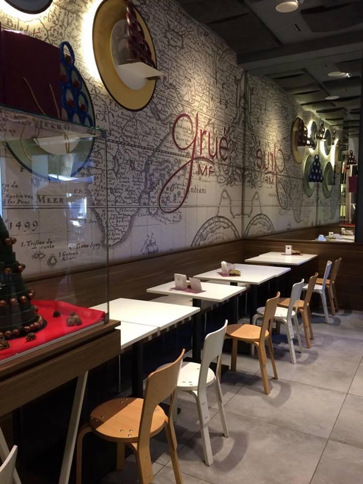 Grué, i tavoli
