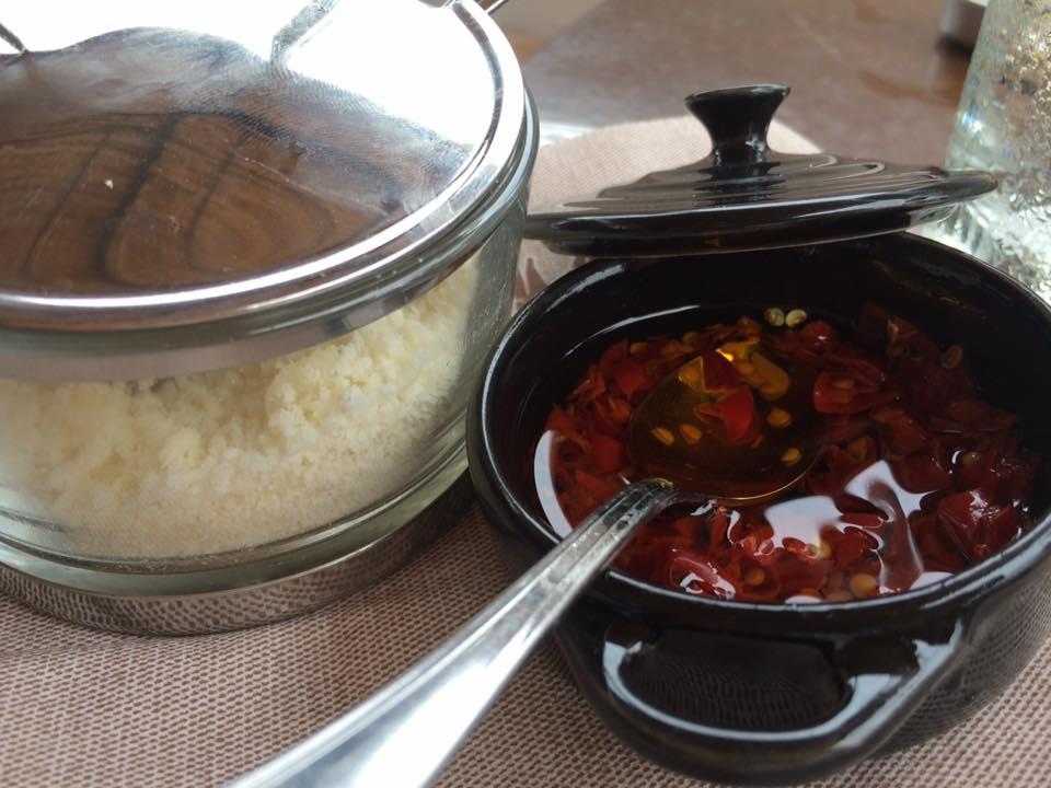 La Dispensa San Salvatore, formaggio e peperoncino