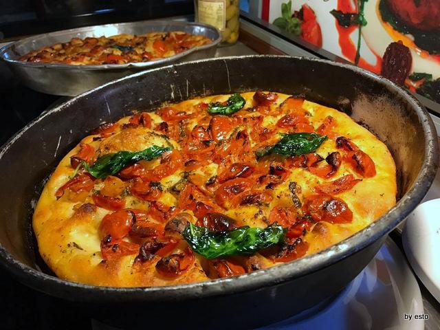 La Fazenda Raffaele  Zaccariello  la pizza nel ruoto