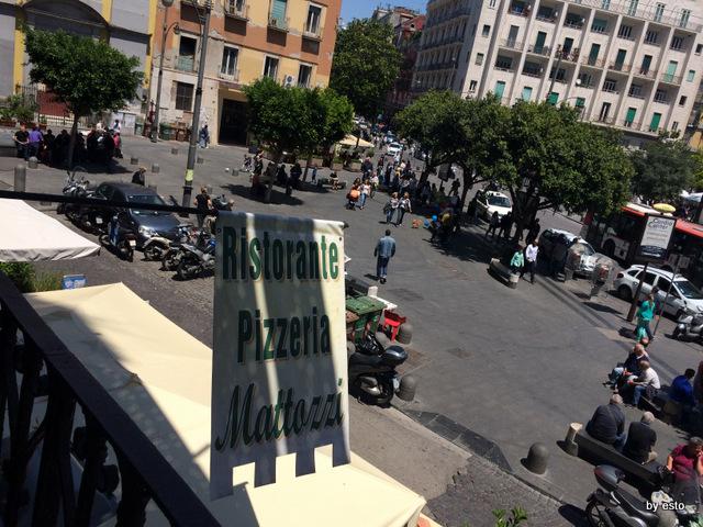 Mattozzi su Piazza Carita
