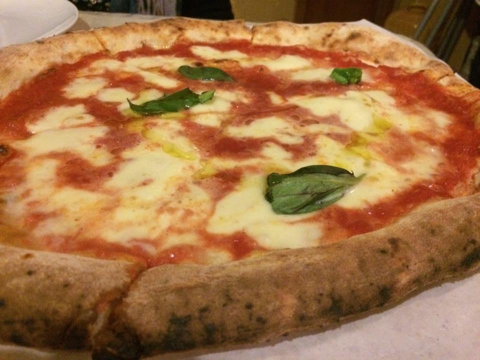 Pizzeria Mansi, la margherita