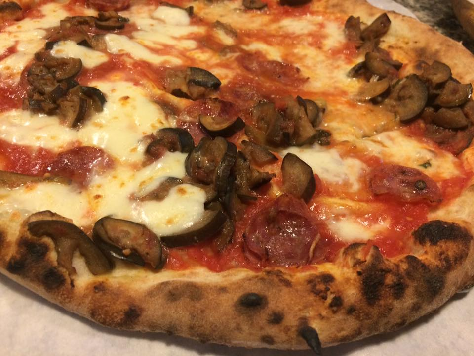 Pizzeria Mansi, la siciliana