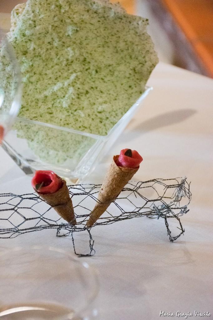 Taverna Estia, conetti di brise' e mousse di parmigiano