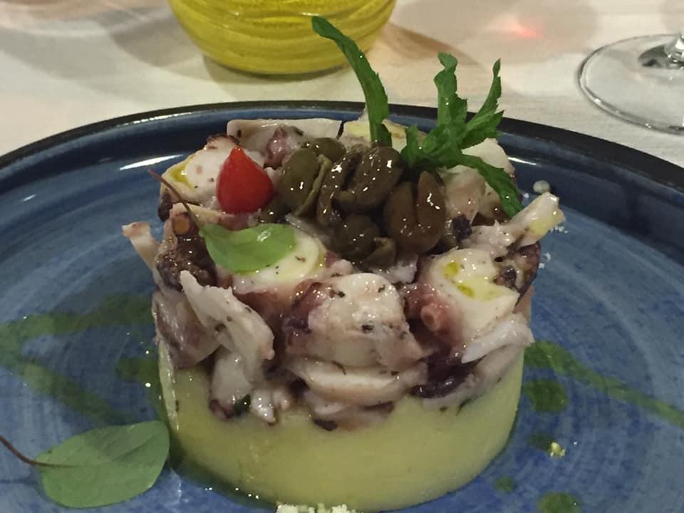 Ristorante Street Stritt, polpo e patate, con olive salella ammaccate alla cilentana