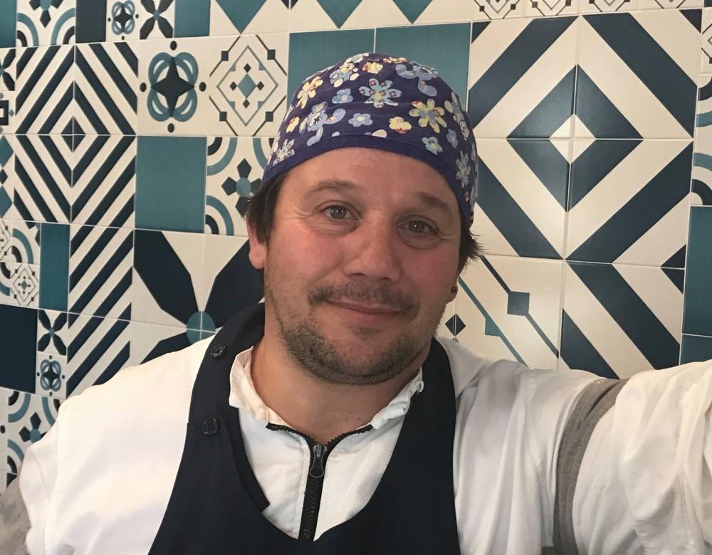 Pescheria, lo chef Gigi Iapigio