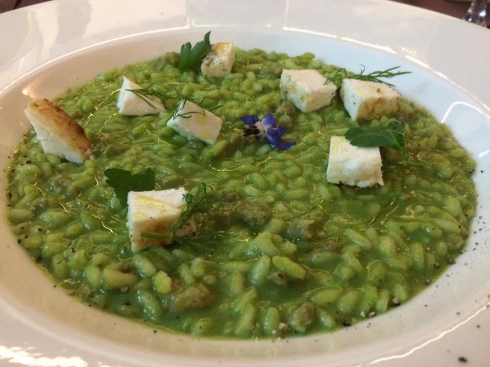 Binario Due, risolio con crema di broccoli e salsiccia