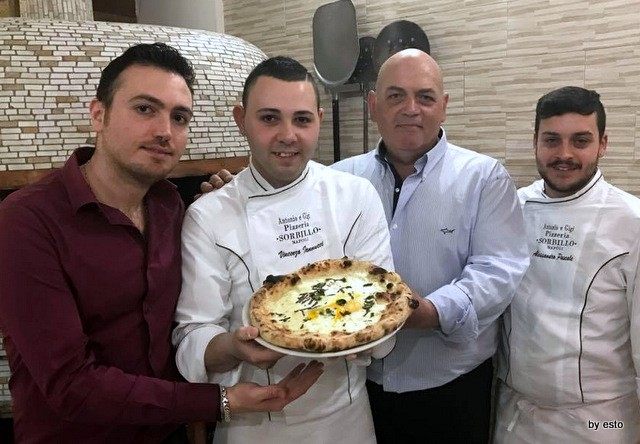 Antonio e Gigi Sorbillo  Vincenzo Iannucci la pizza Via Tribunali 38