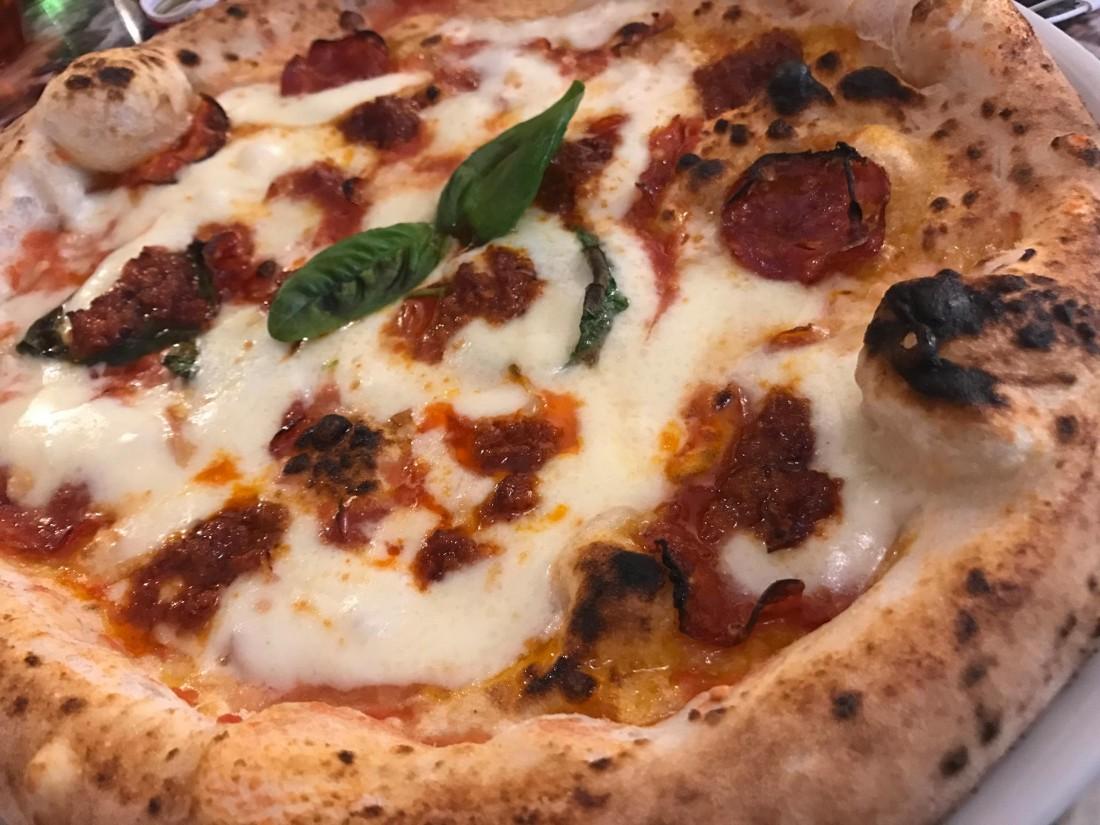 Benvenuti al Sud, la pizza con la 'nduja