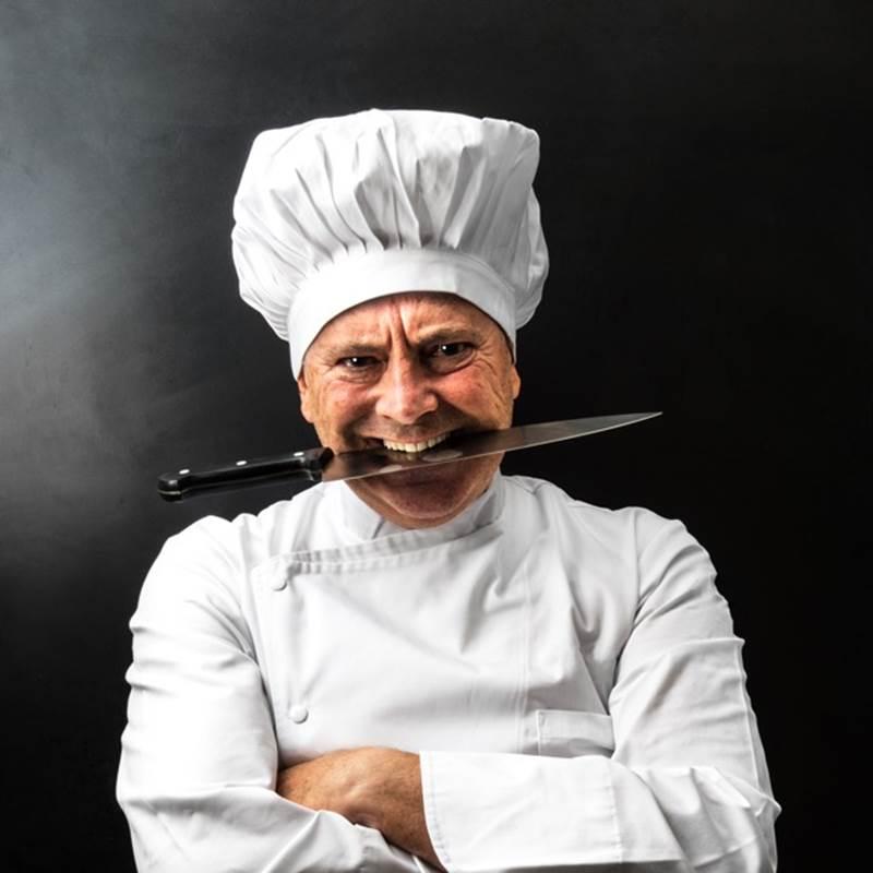 Col coltello fra i denti