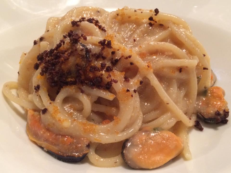 Enoteca Del Frate, spaghetti cozze e bottarga