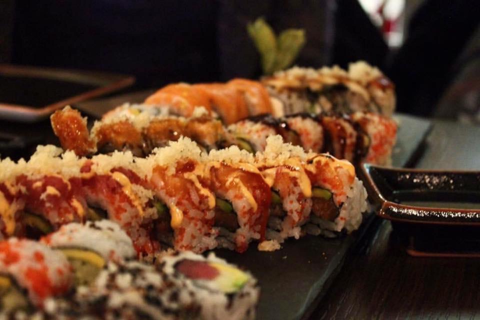 Sake, I Rolls Ed Il Cocktail Di Ispirazione Giapponese Ai Frutti Rossi