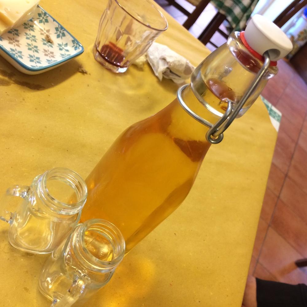 La tavernetta, Liquore di Genziana