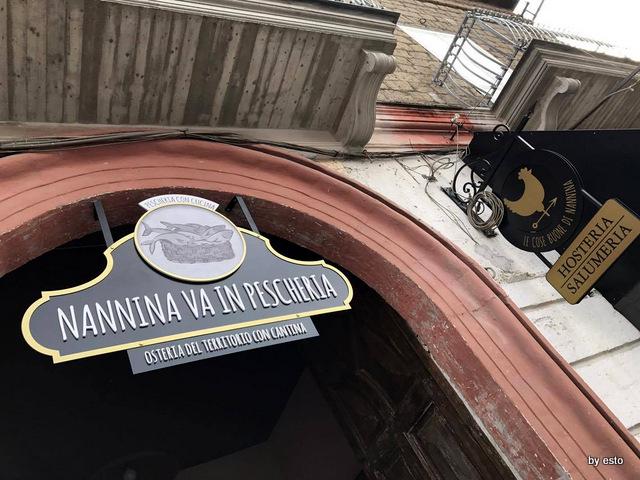 Nannina   in  Pescheria e Le cose Buone di nannina