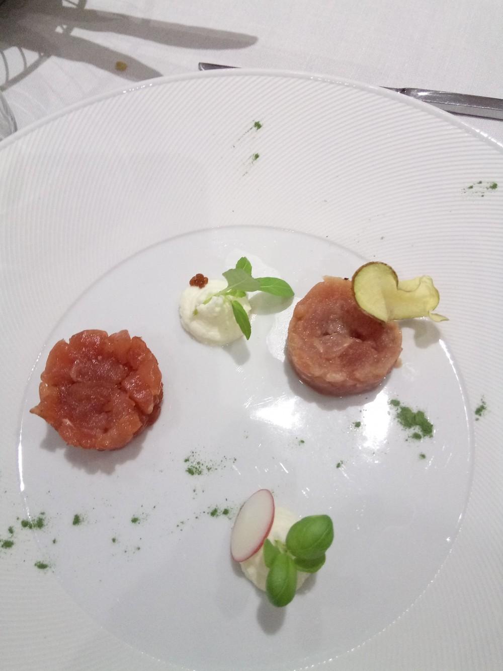Rumi Restaurant, Hotel e Spa Le tartare di tonno e le sue varianti con spuntoni di mascarpone