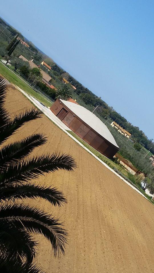 Campo alle Comete, l'azienda somigliante ad una tomba etrusca