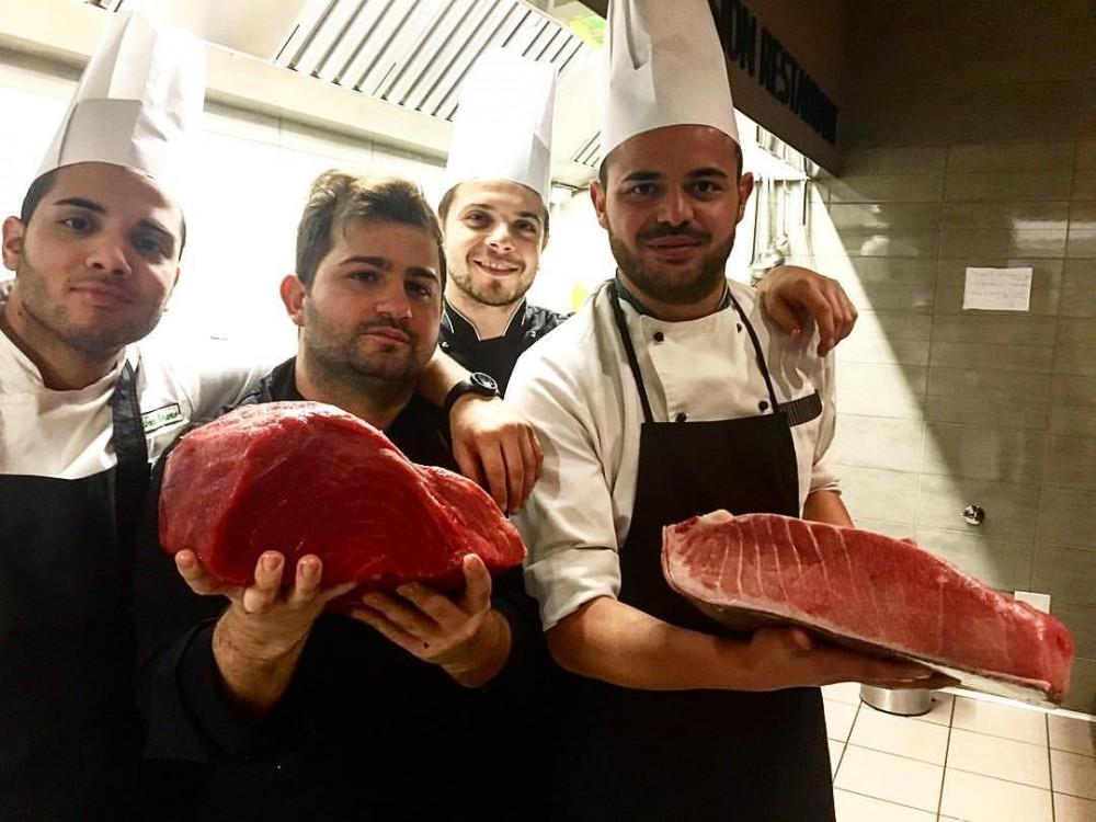 Lo Chef Francesco Franzese E La Sua Squadra