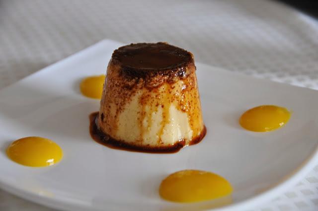 Convito, Venaria Reale, creme caramel e salsa all'arancia