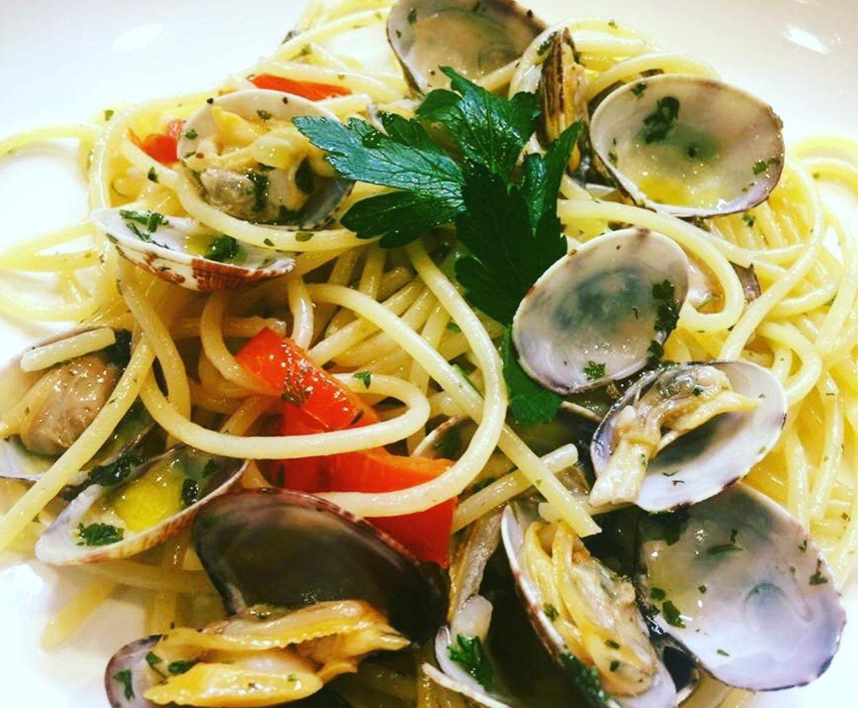 Donna Margherita, spaghetti e vongole alla vastese