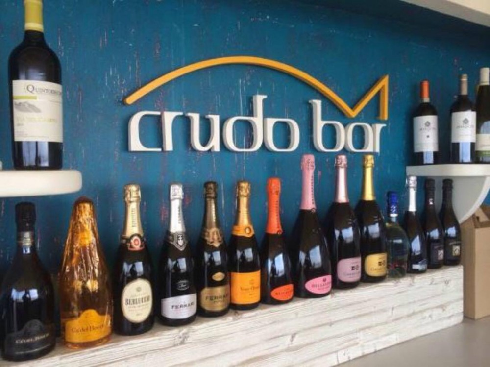 Crudo Bar, Turistico Beach Park