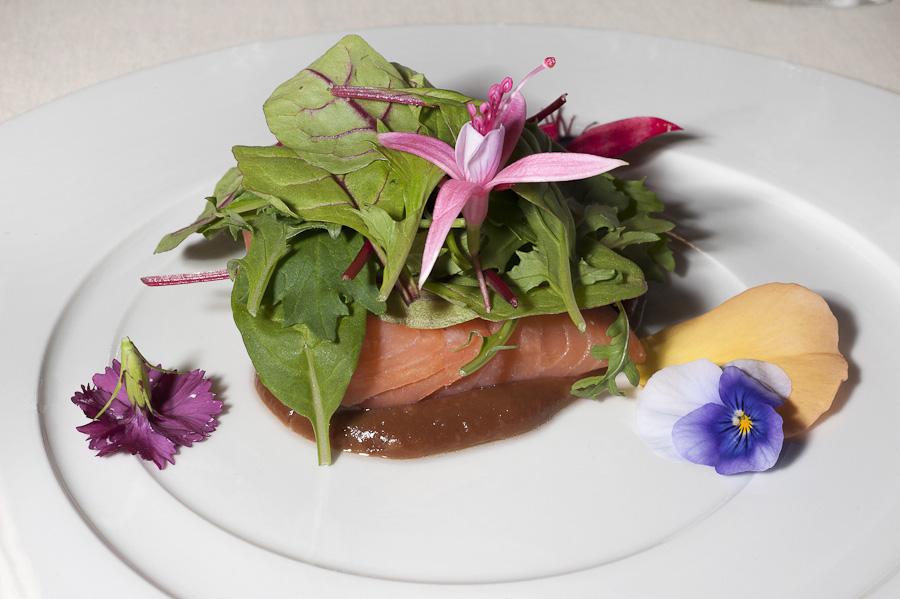 Franco Mare - Salmone Selvaggio, demi cuit, tamarindo ed erbe aromatiche