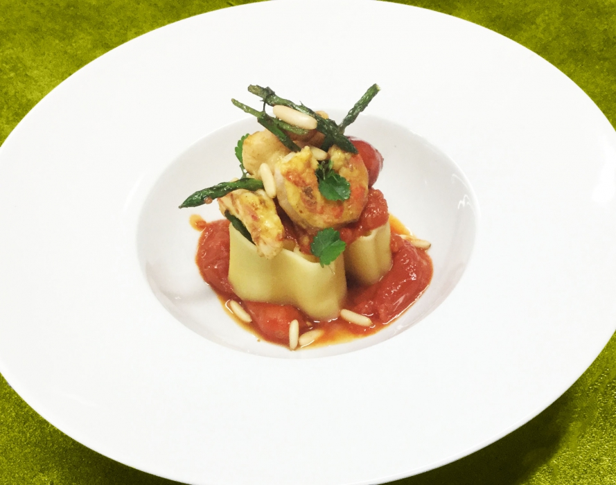 Girasole di asparagi e gamberetti al curry
