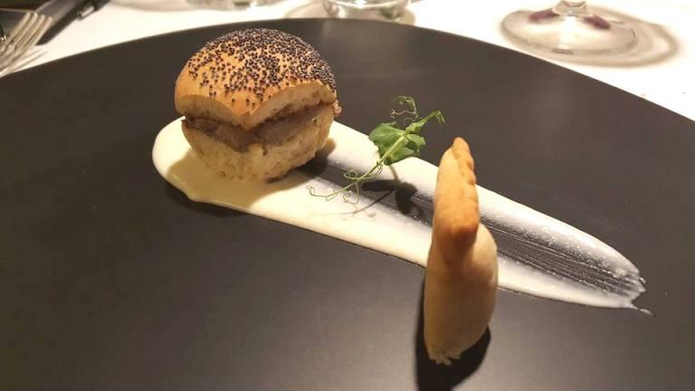 SenzaTempo Osteria, Pate' di Faraona, salsa al pecorino e strudel alla mela
