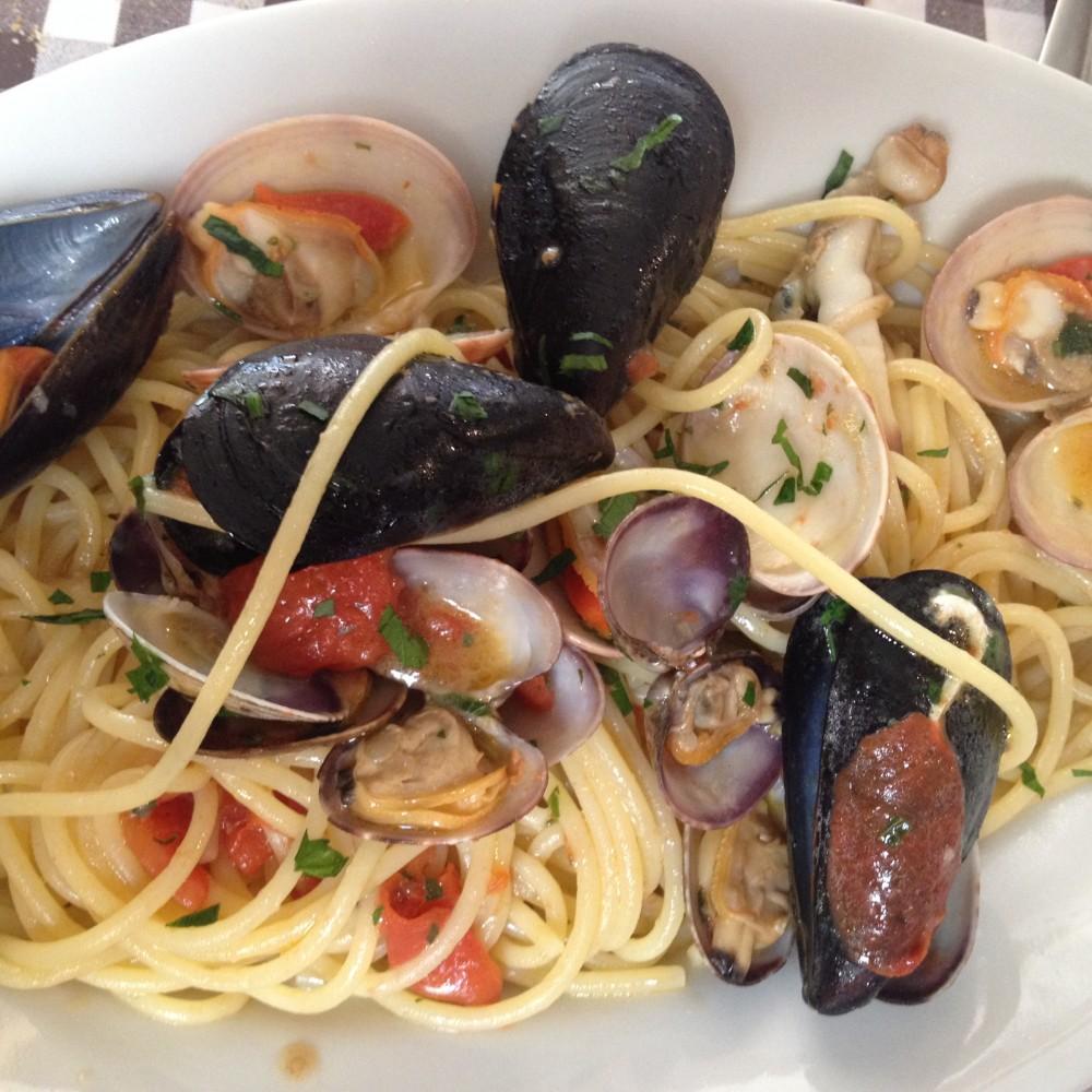 Trattoria Eughenes, spaghetti frutti di mare