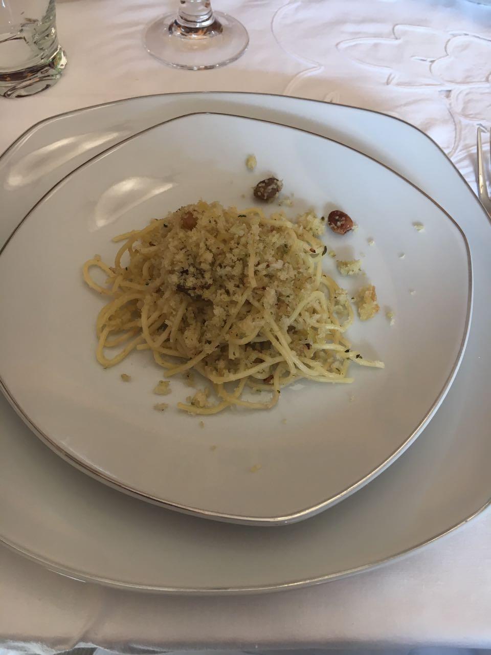La Tavola di San Giuseppe -  spaghetti con la mollica