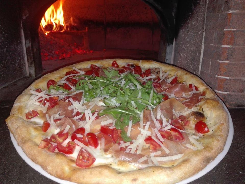 Le vie della pizza di Tramonti - Francese