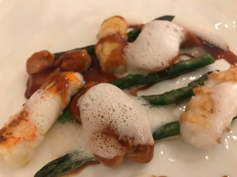Jose' restaurant - Scampi e animelle con asparagi e sherry