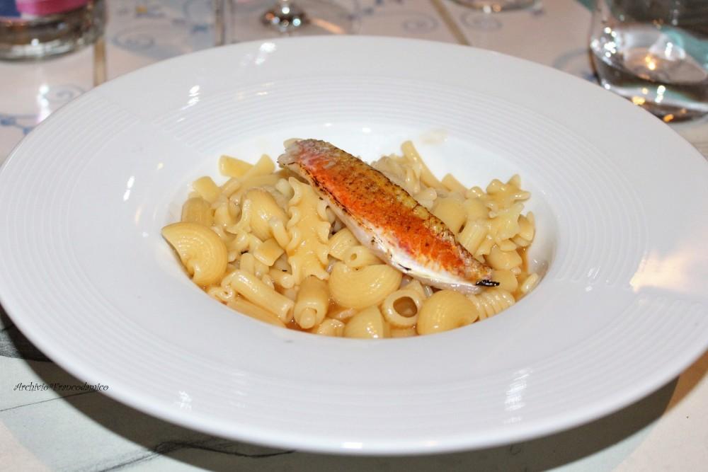 PAM 1870 il primo piatto mischiato di mare di pasta 'Gentile' con filetto di triglia