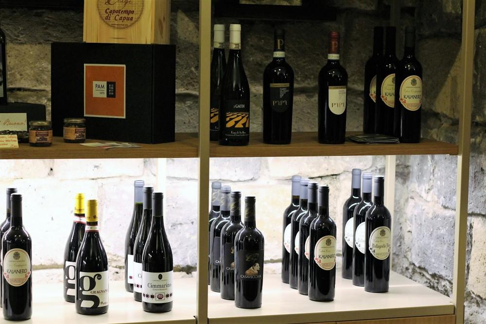 PAM 1870 i vini - particolare della selezione La Casa del Pallagrello