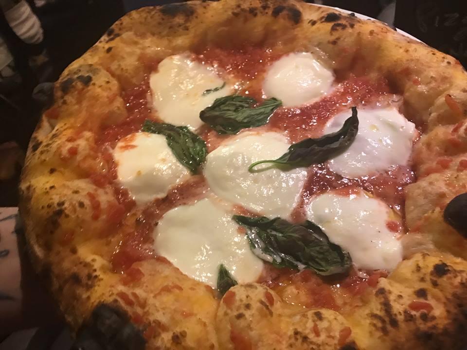 Zia Ernestina Pizzeria Gourmet, Nola. Margherita