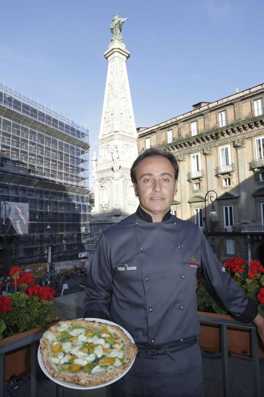 Antonio Troncone - Pizzeria Fresco Caracciolo di Napoli - foto di Renna e De Maddi
