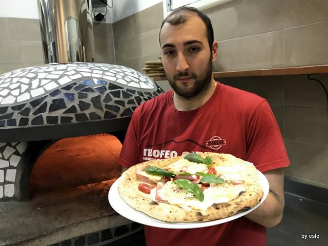 Bruner Alessandro Bruner e la pizza Delicata