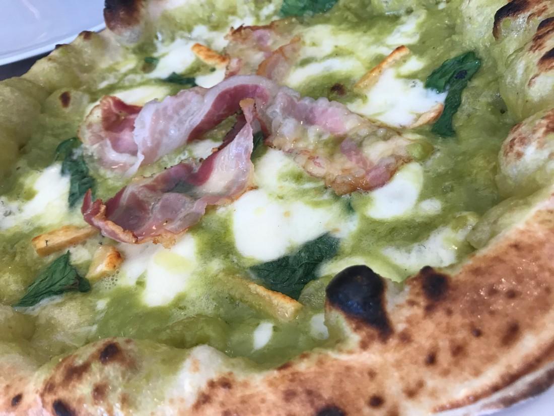 Diego Vitagliano.Pizza Santa Croce. Piselli e pancetta