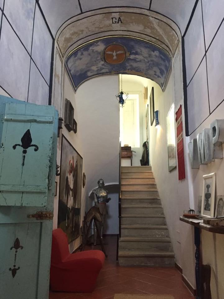 Don Titino, ingresso