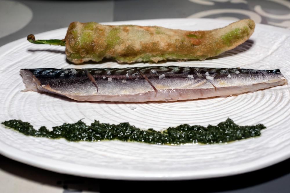 Fubi's - Sgombro Marinato, borragine e friggitello