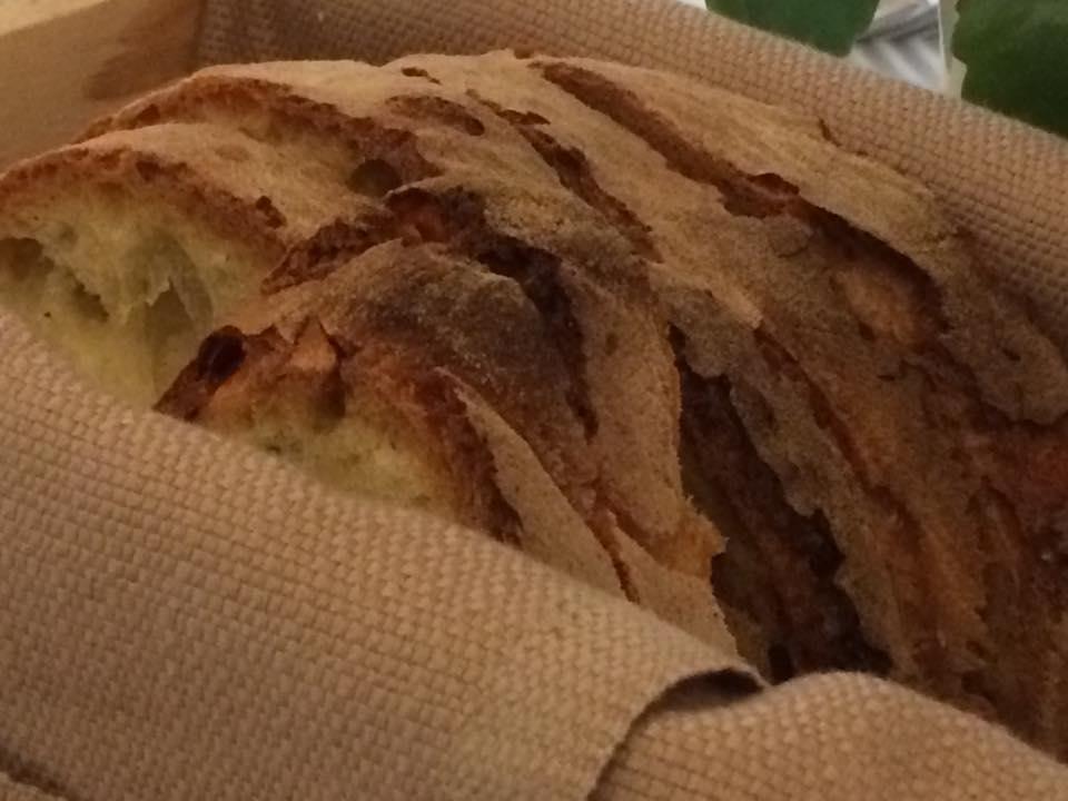 Osteria dei Sassi, pane di Matera