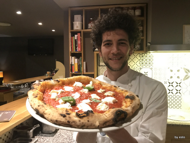 Pizzeria 3 Voglie Valentino Tafuri  pizza Antica Margherita