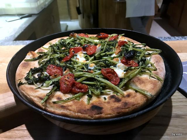 Pizzeria 3 Voglie Valentino Tafuri  pizza cilentana contadina
