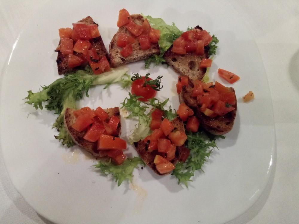 Ristorante Le Macine - Bruschette al pomodoro