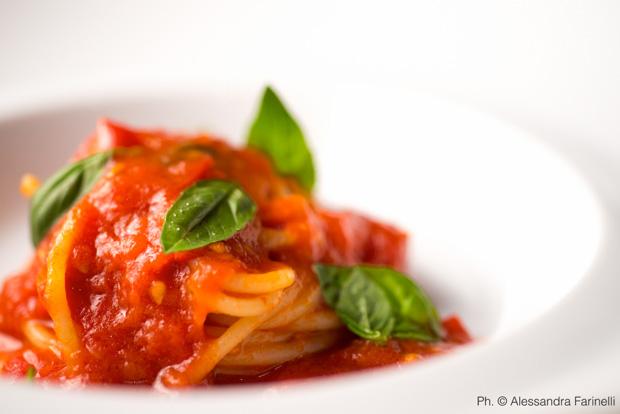 spaghetti-al-pomodoro-peppe-guida
