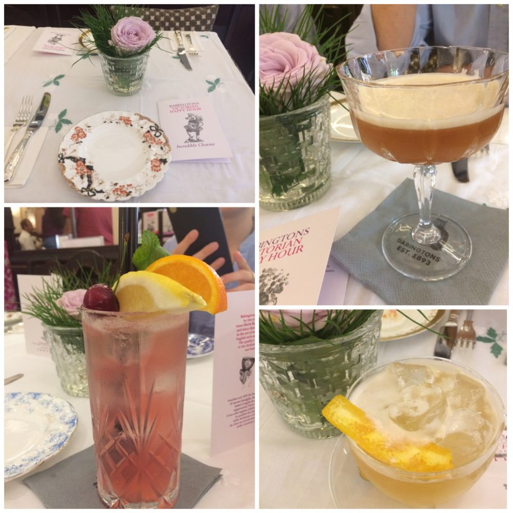 Babingtons Tea Rooms - L'apparecchiatura con porcellane antiche. Il Babingtons Daiquiri,White Passion Vodka Sour,Cherry Rose Gin Fizz