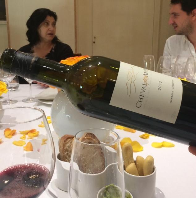 Cheval des Andes e' costituito da tre vitigni - Malbec, Cabernet Sauvignon e Petit Verdot