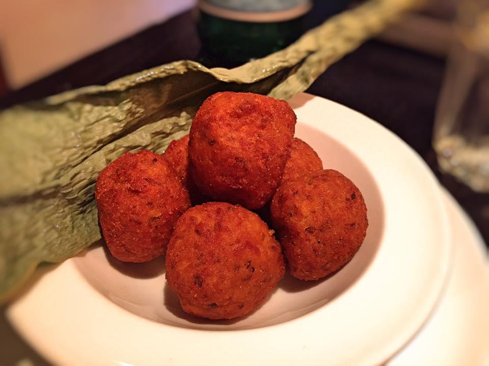 Dinings -Mushroom e Tofu Croquette