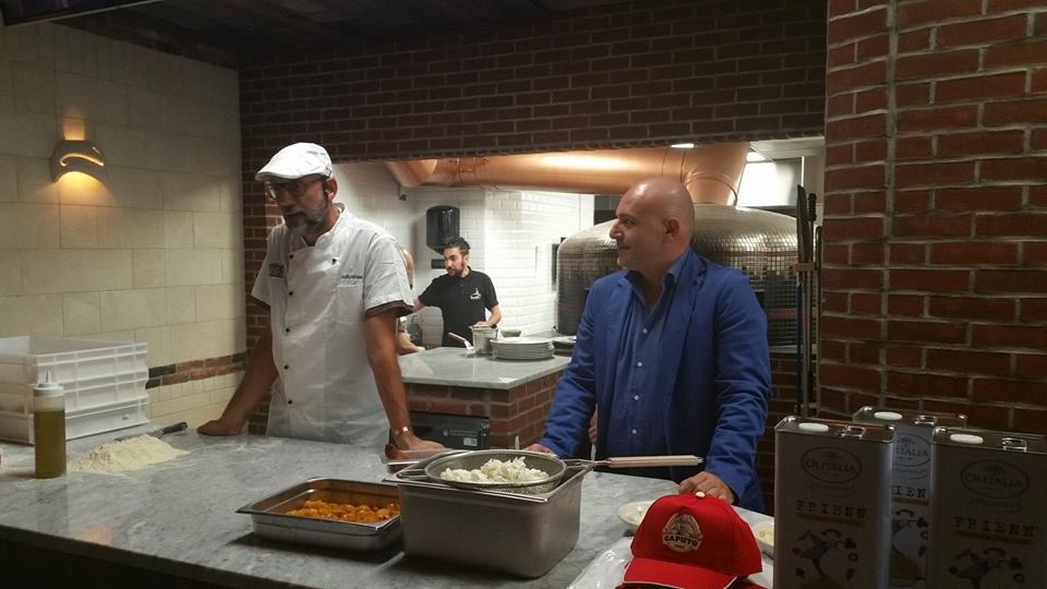 Giulio Adriani di The Local Pizzaiolo in New York, moderato da Albert Sapere