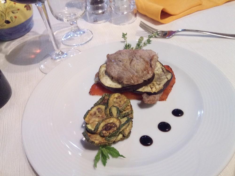 Il Vecchio Frantoio - Millefoglie di vitello con verdure grigliate e zucchine alla scapece