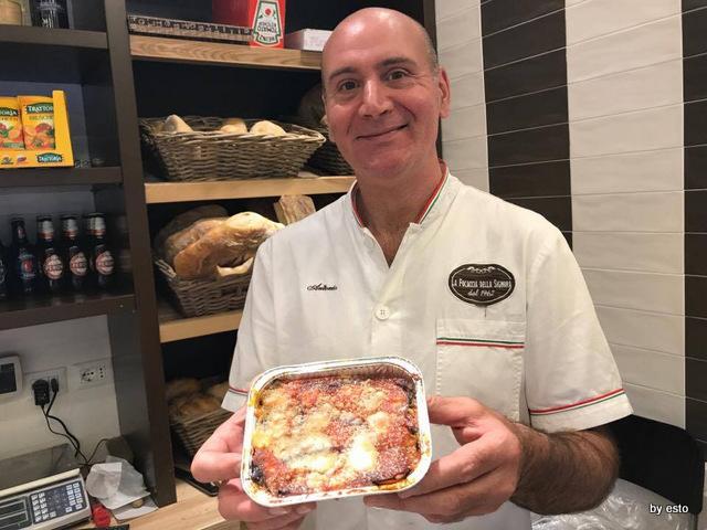 La Focaccia della Signora Antonio Coppola la parmigiana di melanzane
