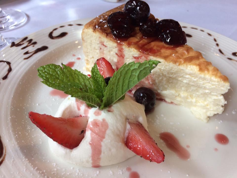 Paola's, cheese cake